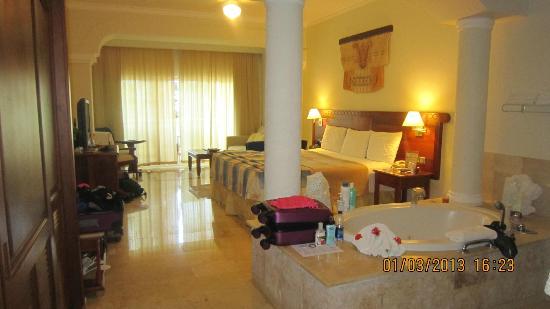 the-royal-suites-turquesa